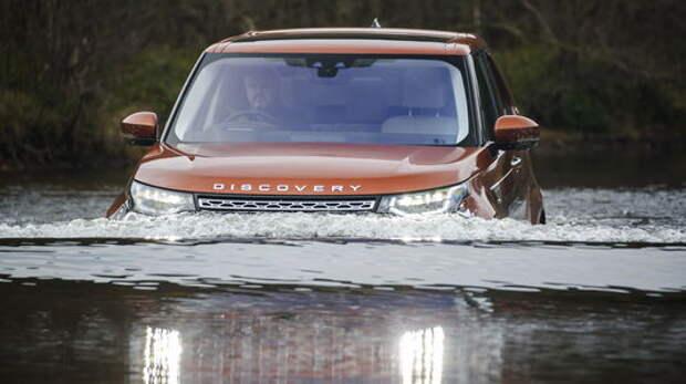 Новый Land Rover Discovery: ныряет, крутит педали и бежит