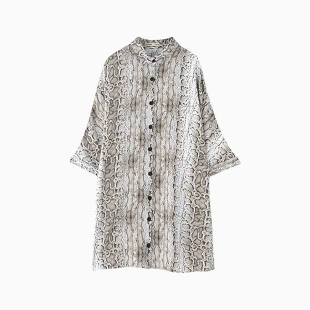 Платье-рубашка Pull and Bear со змеиным принтом