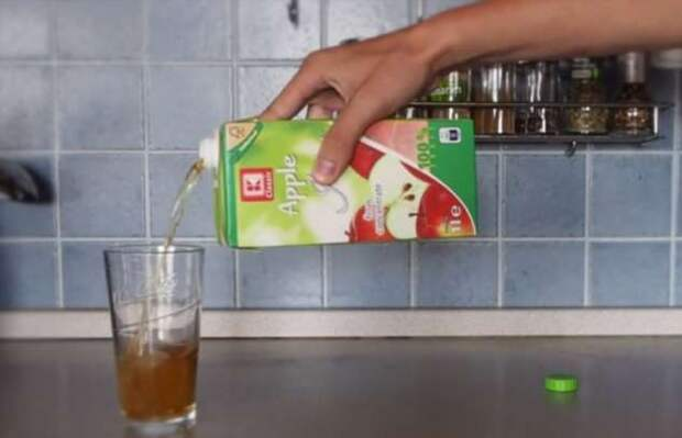 Как правильно открывать напитки и чистить продукты: 12 распространенных ошибок