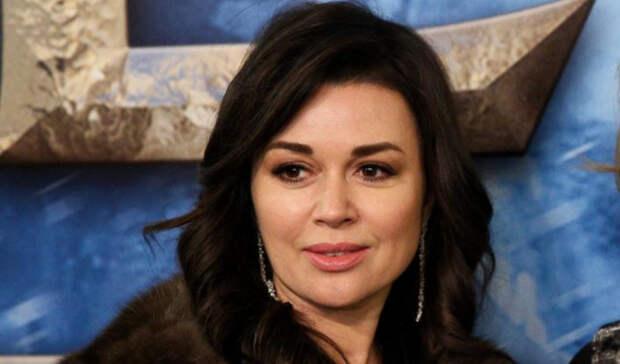 Экранный сын Заворотнюк рассказал, в чем состоит феномен популярности актрисы