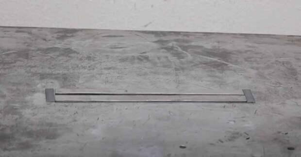 Самодельная направляющая для электролобзика — для вырезания круглых отверстий