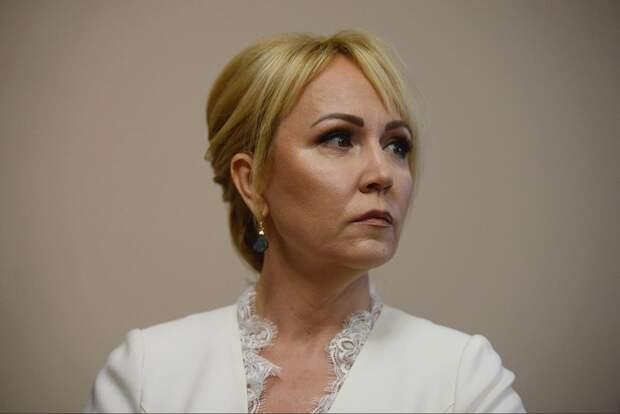 Сатановский: застрявшая во Вьетнаме мэр Тамбова получила премию