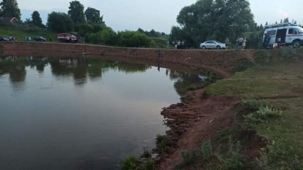 В Удмуртии возбудили уголовное дело после гибели двух братьев на пруду
