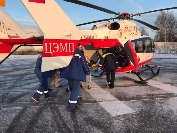 Сотрудники Московского авиацентра в декабре спасли 35 человек