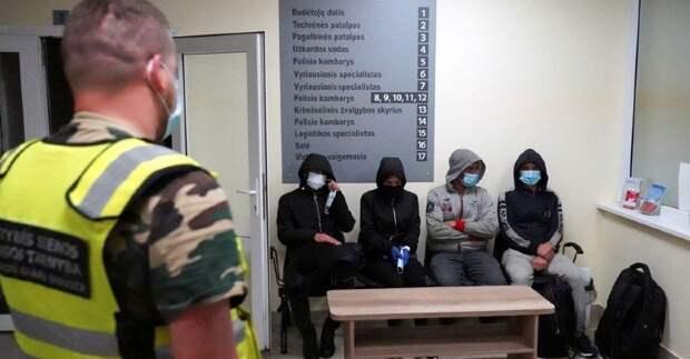 Российская оппозиционная журналистка предложила Литве морить мигрантов голодом