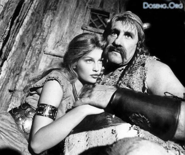 Звезда комедии  «Астерикс и Обеликс против Цезаря» Летиция Каста во всей своей красе.