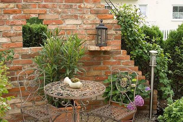Стильные руины в дизайне сада: несколько впечатляющих идей