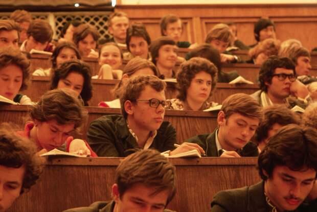 Студенты и то, что облегчает им жизнь