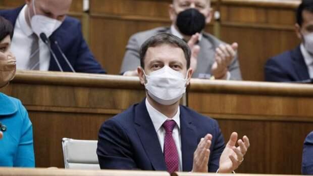 Парламент Словакии выразил доверие новому кабинету министров