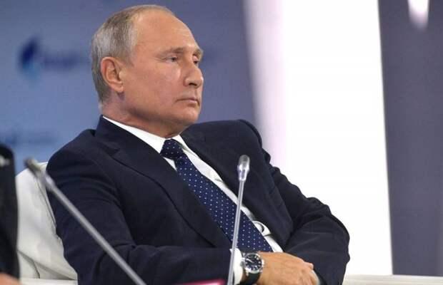 Эксперт: Новый закон о неприкосновенности экс-президентов готовят под уход Путина