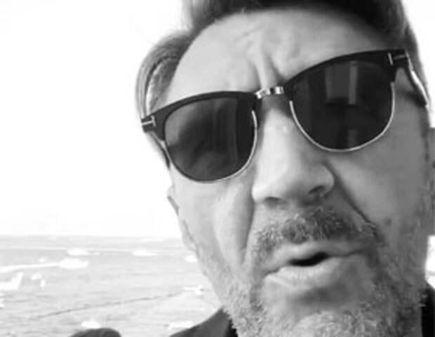 Шнуров оценил «задницу не первой свежести» Собчак