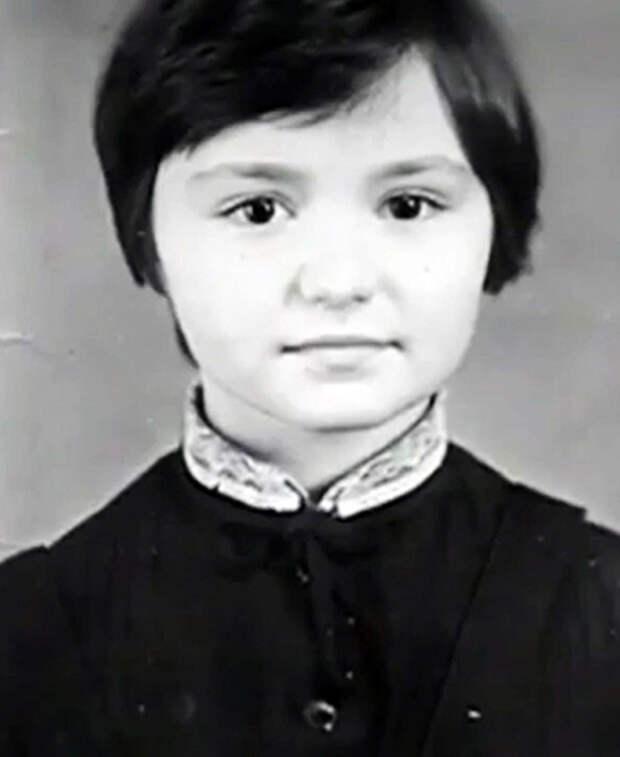 Катя Лель в детстве