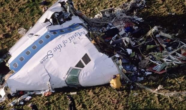 Параллели между катастрофой в Локерби и сбитым рейсом MH17