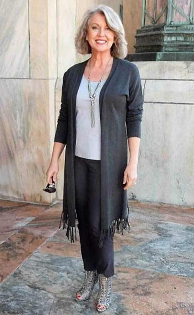 Возраст моде не помеха: стиль кэжуал для 50-летних