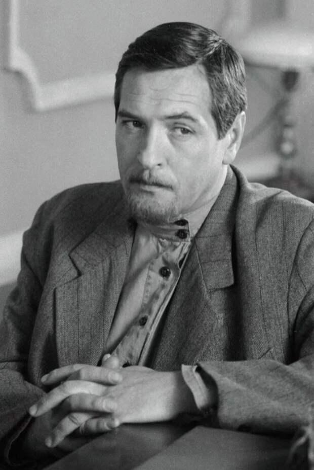 Трогательный и отталкивающий Родион из «Москва слезам не верит», актер был полным антиподом своего героя, изображение №8