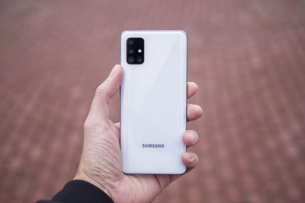 Весомый повод покупать Samsung Galaxy. Xiaomi теперь нервно курят в сторонке