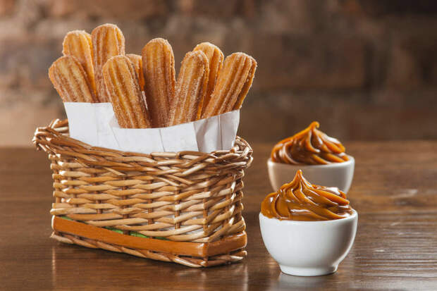 Чуррос - нежные испанские пончики за 20 минут