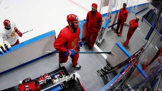 5 хоккеистов покинули расположение сборной России, которая готовится к чемпионату мира