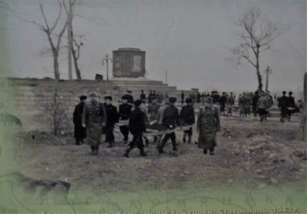 Кто спас Москву в 1941: сибиряки или дальневосточники генерала Апанасенко?