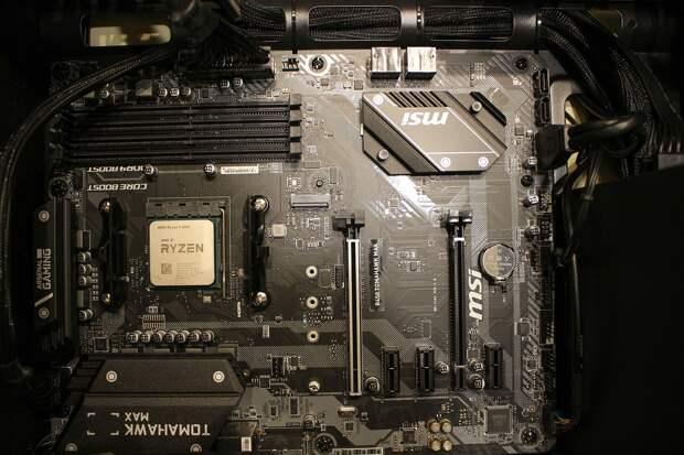 Цены на процессоры Ryzen 7 5800X от AMD в России упали ниже рекомендованного уровня
