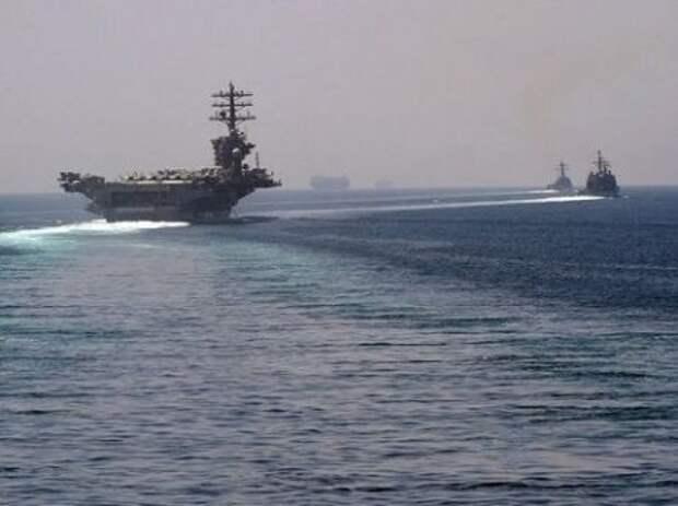 Атомный авианосец США вошел в Персидский залив