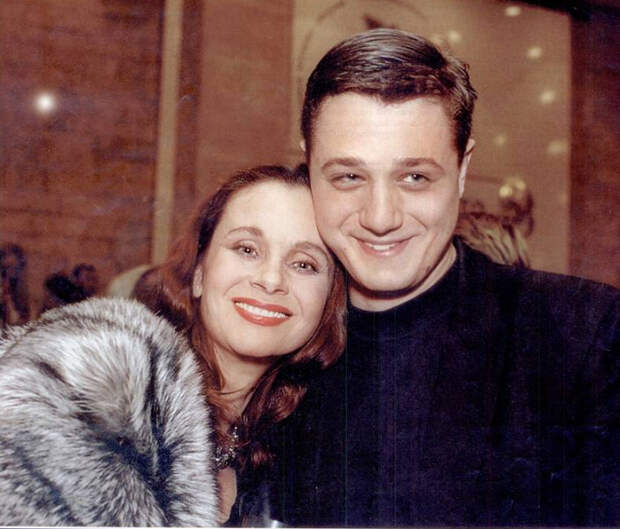 Пост памяти Любови Полищук. Жизнь актрисы в фотографиях и воспоминаниях