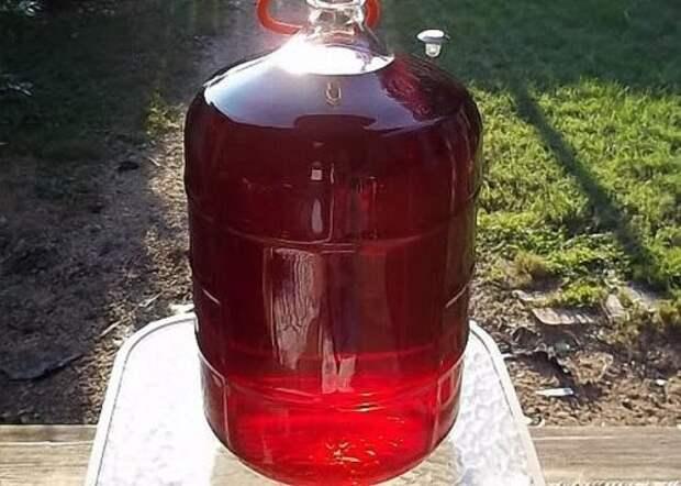 Вкуснейшее домашнее вино из старого засахаренного варенья
