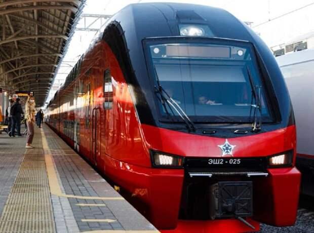 Пассажиры станции «Ростокино» отметили плавность и красоту двухэтажного поезда на МЦК