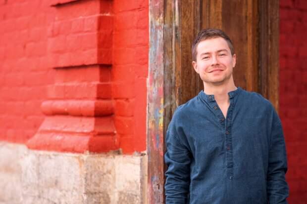 Певец из Удмуртии Марк Юсим спел песню о самоизоляции во время пандемии коронавируса