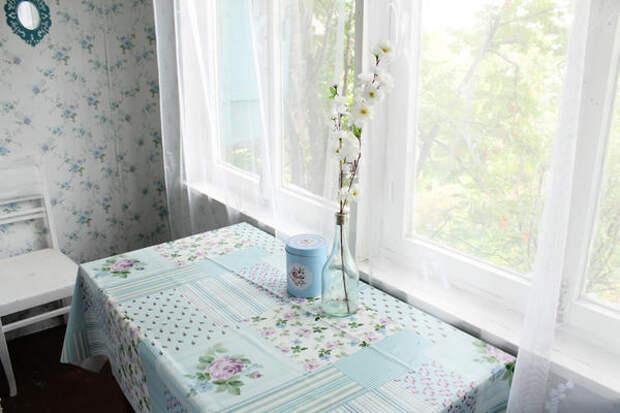 клеенка для стола куплена в Ашане) увидели случайно и поняли что подходит нам идеально сюда