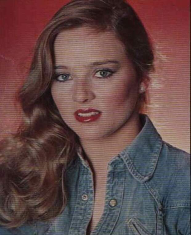"""Как менялась Джина Кэпвелл из """"Санта-Барбары"""", актриса Робин Матсон, с течением времени."""