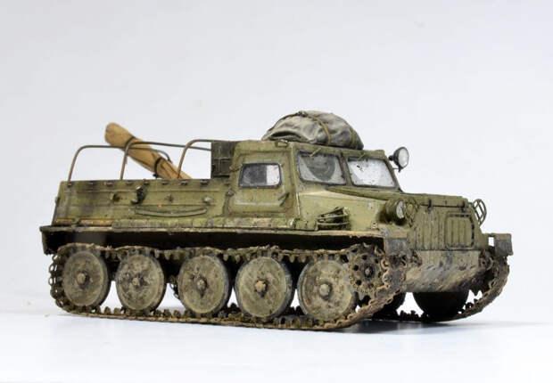 ГАЗ-47 – первый советский вездеход на гусеничном ходу