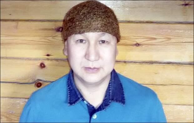 ЯЯкутянин продает единственную в мире шапку из шерсти мамонта за 10 тысяч долларов