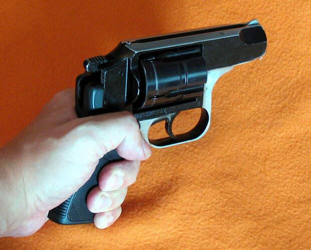 Револьвер «Ратник»: необычный, но надёжный вид оружия