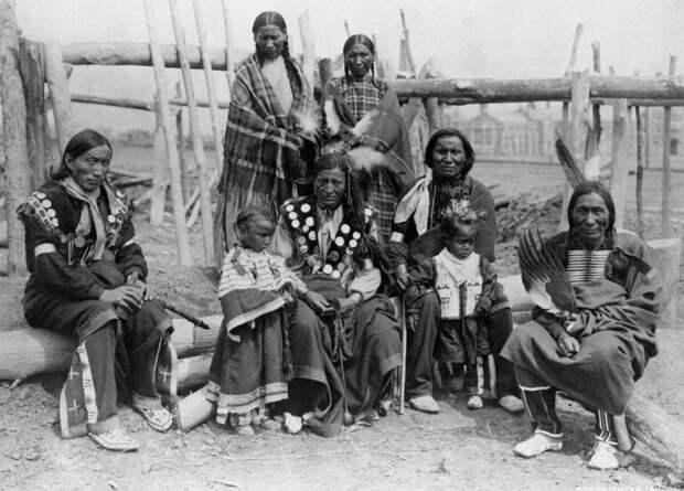 «Учебник должен быть запрещён»: подача истории колонизации Америки шокировала британских учителей