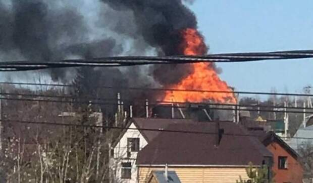 ВКазани загорелся частный дом