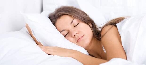 Баюшки-баю, неложися набоку! Специалисты рассказали овреде сна лицом вподушку