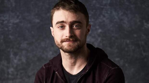 «Я очень стесняюсь своей актерской игры в некоторых моментах»: Дэниэл Рэдклифф о роли Гарри Поттера