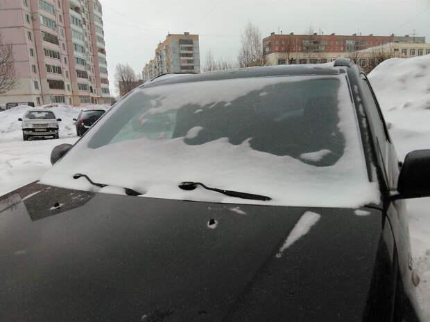 Простая доработка, чтобы дворники автомобиля не примерзали к стеклу