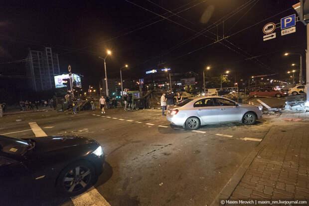 Беларусь протестует. В Минске баррикады.