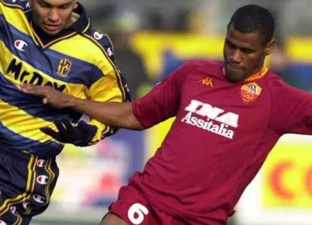 Алдаир - защитник сборной Бразилии