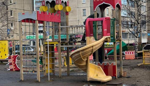 Семь детских площадок демонтируют в Петрозаводске к началу зимы