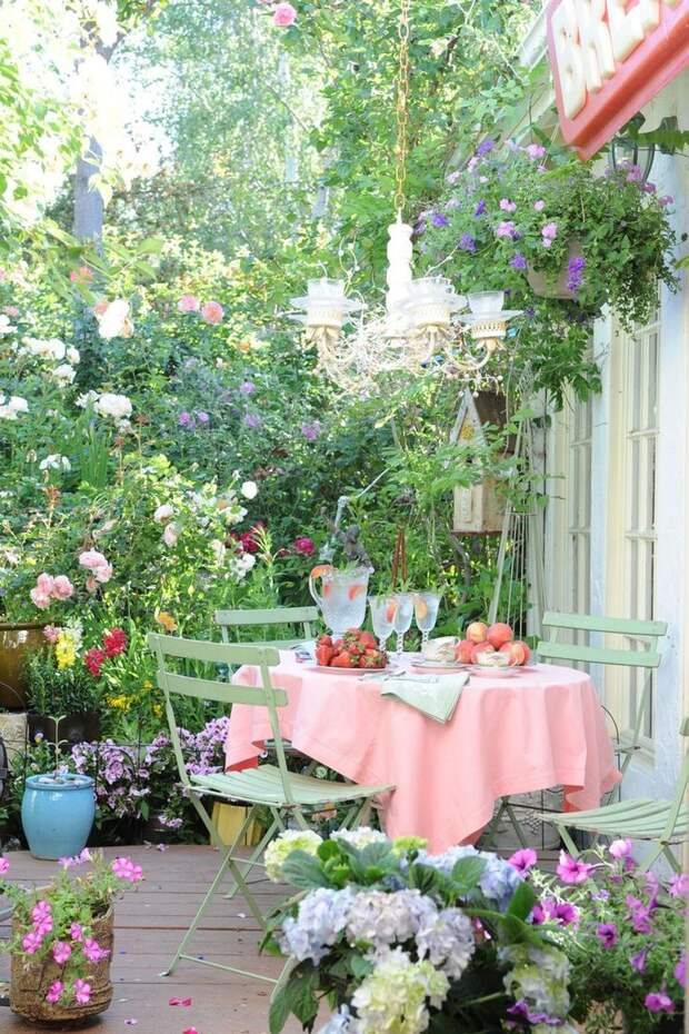 Уютные дворики