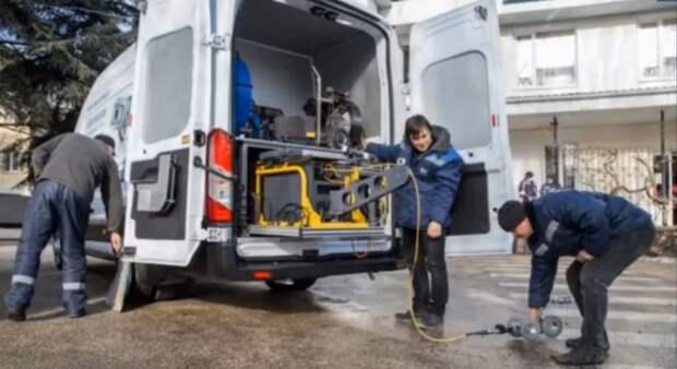В Крыму повиялись 2 передвижные лаборатории, которые выявят незаконные врезки в водопровод и скрытые утечки воды