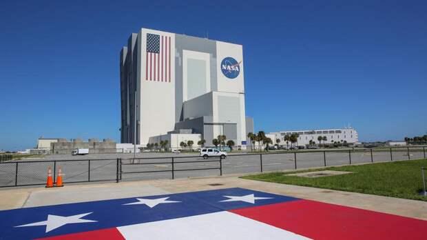 Раскрыт уровень зарплат астронавтов NASA
