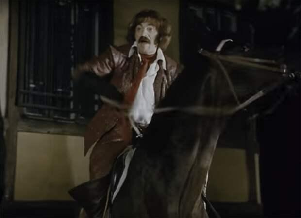 Как Михаила Боярского на съёмках с лошади уронили