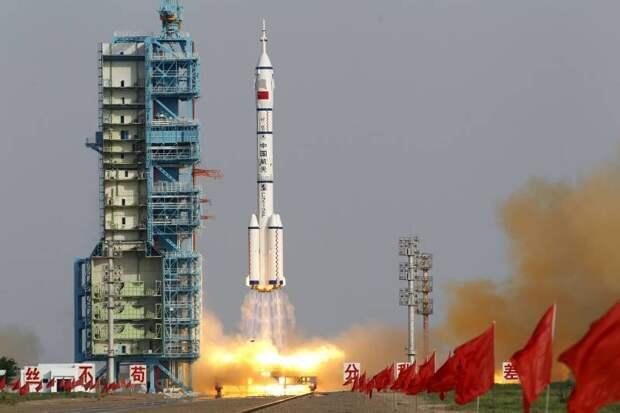 Луна: Китай против США. Где будет Россия?