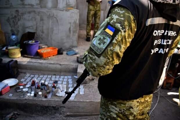 Солдаты ВСУ открыли нарколабораториюпрямо на линии фронта