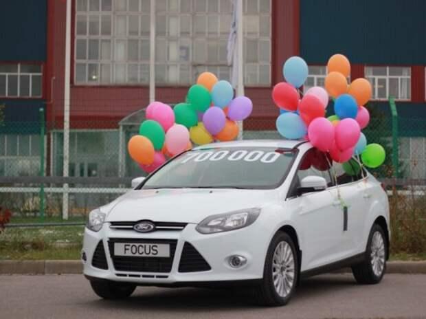 Юбилейные автомобили: чем запомнился 2014 год