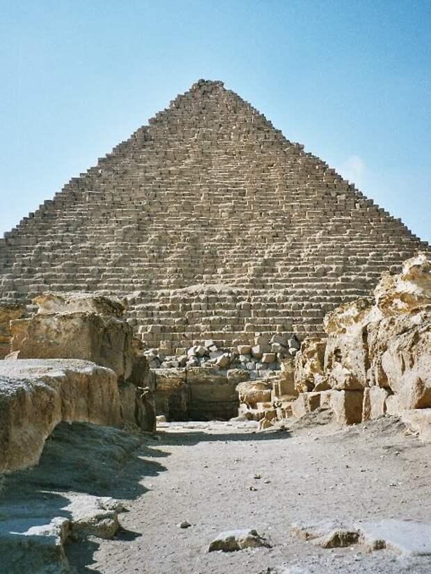 Пирамида Менкаура